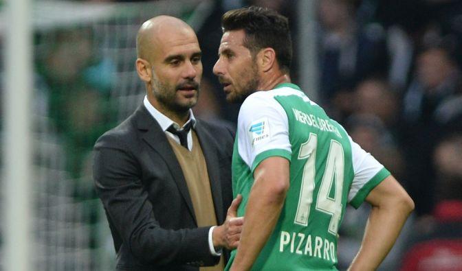 Kein Wiedersehen mit Pep Guardiola: Torjäger Claudio Pizarro fällt beim BuLi-Spiel Werder Bremen gegen FC Bayern aus. (Foto)