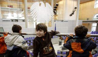 Kinder im Bundestag (Foto)
