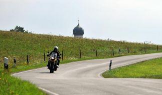 Kleinere Kennzeichen für Motorräder geplant (Foto)