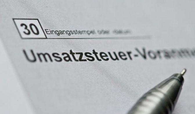 Kleinunternehmer sind von der Umsatzsteuer befreit. Deswegen erübrigt sich für sie die Voranmeldung. (Foto)