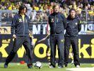 «Kloppo» steht immer im Mittelpunkt: Zeljko Bovac (links) und Peter Krawietz sind seine wichtigsten Mitarbeiter. (Foto)