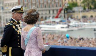 König Carl Gustaf und seine Frau Silvia (Foto)