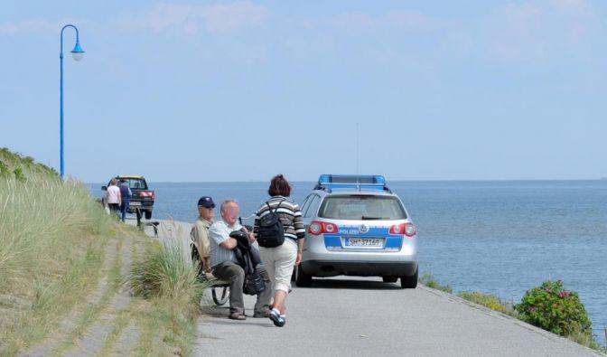 Können Touristen vor Ort der Polizei bei der Suche nach dem vermissten Sebastian helfen? (Foto)