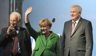 Komplott? Seehofer und Stoiber in geheimer Besprechung (Foto)