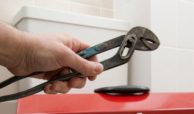 Kosten sparen: Toilettenspülung selbst reparieren (Foto)