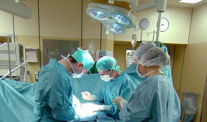 Krankenkassen-Konzept gegen überflüssige Operationen (Foto)