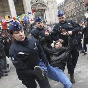 100 Festnahmen! Krawalle in Brüsseler Problem-Bezirk (Foto)