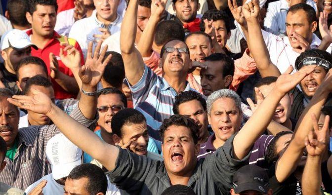 Krise in Ägypten: Militär droht mit eigener Verfassung (Foto)