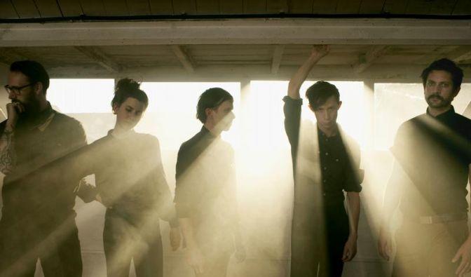 Kühles Licht: Fanfarlo mit neuem Sound (Foto)