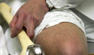 Künstliches Kniegelenk (Foto)