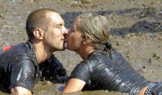 Küsse im Matsch (Foto)
