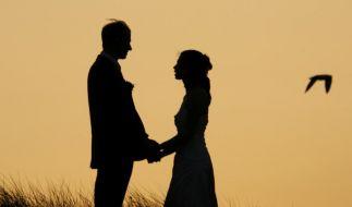 Lachen statt Streiten: Das Geheimnis langer Ehen (Foto)