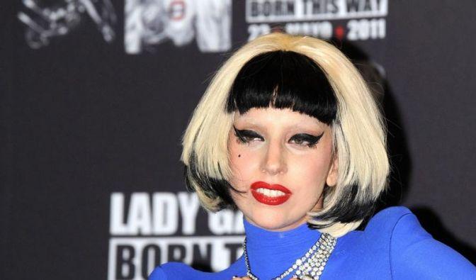 Lady Gaga hat 10 Millionen Follower (Foto)