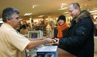 Lächeln ist für Einzelhandelskaufleute Pflicht (Foto)