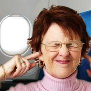 Lärm und Enge treiben so manchen Passagier in den Wahnsinn.