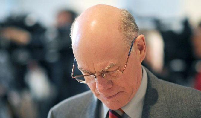 Lammert kritisiert Flut von Talkshows im Fernsehen (Foto)