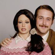 Ein Foto für das Familienalbum: Lars (Ryan Gosling) und seine anatomisch korrekte Silikonfreundin Bianca.