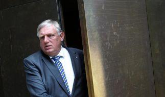 Laumann kritisiert Entlassung von Röttgen (Foto)