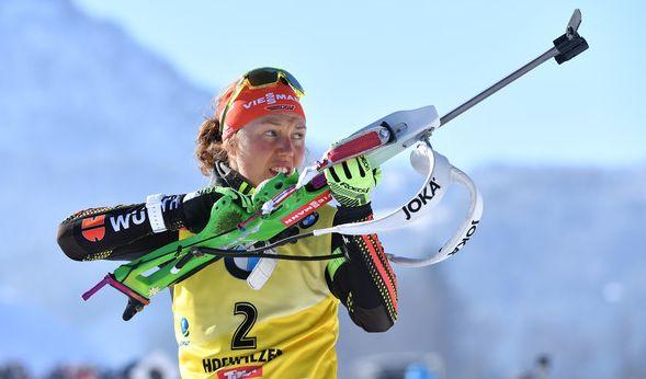 Laura Dahlmeier muss beim Biathlon in Ruhpolding verletzungsbedingt pausieren.