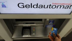 Laut einem russischen Computer-Experten sind fast alle Geldautomaten auf der ganzen Welt nur unzureichend vor Hacker-Angriffen geschützt. (Foto)