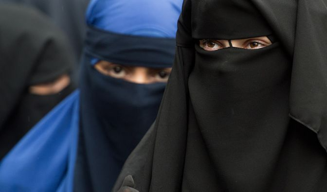 Niederlande beschließen Burka-Verbot (Foto)
