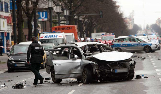 Laut hochrangigen Polizeibeamten wollte die organisierte Kriminalität mit der Autobombe gegen Mesut Ter (✝43) ein klares Zeichen an die Szene setzen. (Foto)