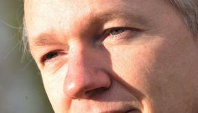 «Le Monde» ehrt Assange - der lobt die Deutschen (Foto)