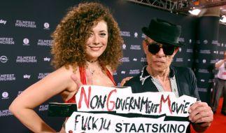 Leila Lowfire mit Filmemacher Klaus Lemke beim Filmfest in München. (Foto)