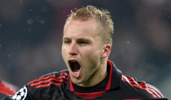 Leverkusens Kadlec will Hooligans verklagen (Foto)