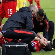 Schock im Länderspiel: Hooligans attackieren Lewandowski (Foto)