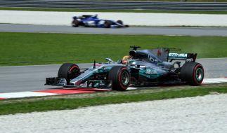 Lewis Hamilton beim Grand Prix von Malaysia. (Foto)