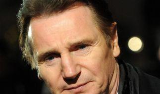 Liam Neeson duscht gern kalt (Foto)