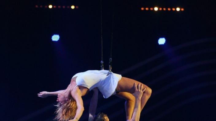 """Lilly Becker zeigt in """"I can do that"""" eine sexy Hebefigur. (Foto)"""