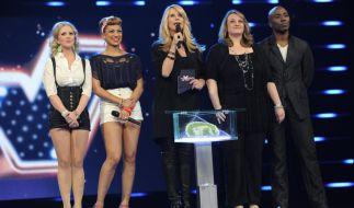 Linda de Mol (Mitte) sucht bei «The Winner is...» nach echten Goldkehlchen. (Foto)
