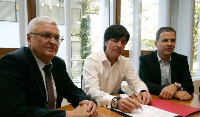 Löws Vertragsverlängerung (Foto)