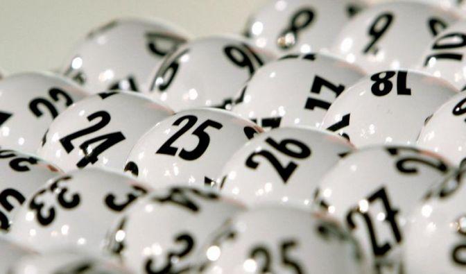 Lotto-Bilanz 2010: 112 Millionäre in Deutschland (Foto)