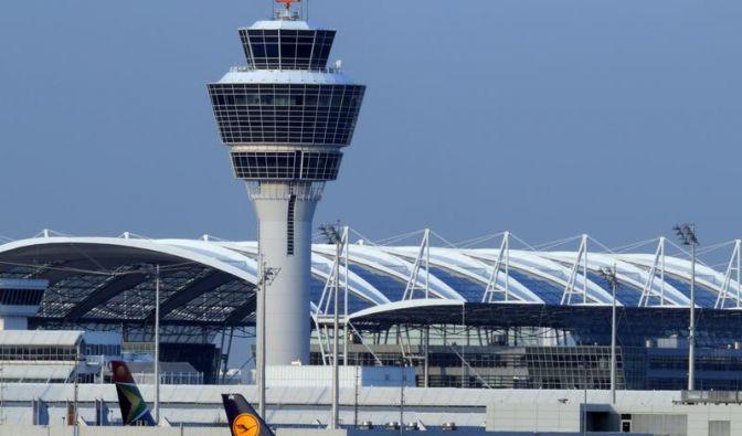 Lufthansa erhöht Treibstoffzuschlag (Foto)
