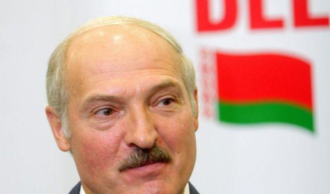 Lukaschenko bei Präsidentenwahl vorn - Massenproteste (Foto)