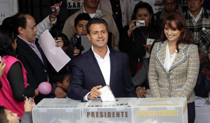 Machtwechsel in Mexiko:  Peña Nieto siegt (Foto)