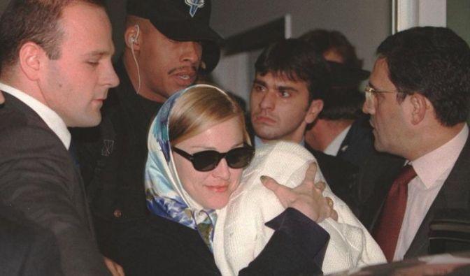 Madonna und Lourdes (Foto)