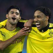 Mahmoud Dahoud (l.) und Pierre-Emerick Aubameyang von Borussia Dortmund. (Foto)