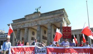 Mai-Kundgebungen zu Euro-Krise und Mindestlohn (Foto)