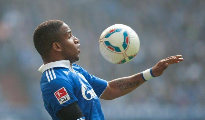 Manager Heldt: Farfán bleibt bei Schalke bis 2016 (Foto)