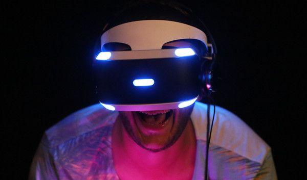 Mark Zuckerberg will den Markt für VR-Brillen erobern. (Foto)