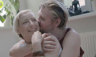 Martin und Uli haben sich über eine Online-Dating-Plattform kennengelernt und leben eine offene Beziehung. Das heißt, sie gehen emotionale und sexuelle Verbindungen auch zu anderen ein. (Foto)