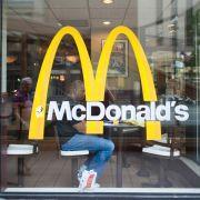 Darum stellt McDonald's immer mehr Flüchtlinge ein (Foto)