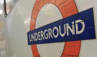 Medien: Terrorverdächtiger fuhr im Zug durch London (Foto)