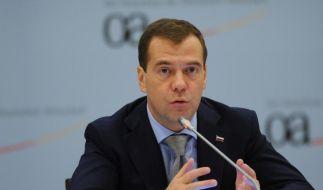 Medwedew legt Gesetz für mehr Wahlfreiheit vor (Foto)
