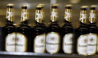 Mehr als eine halbe Milliarde Flaschen Bier weniger verkauften die Brauereien. (Foto)