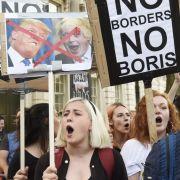 Mehr als eine Million Briten wollen angesichts des knappen Ergebnisses beim EU-Referendum noch einmal abstimmen. (Foto)